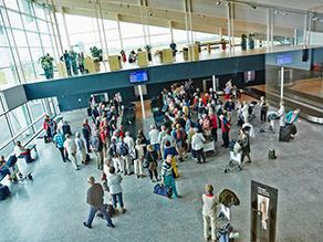 Aalborg lufthavn ankomst