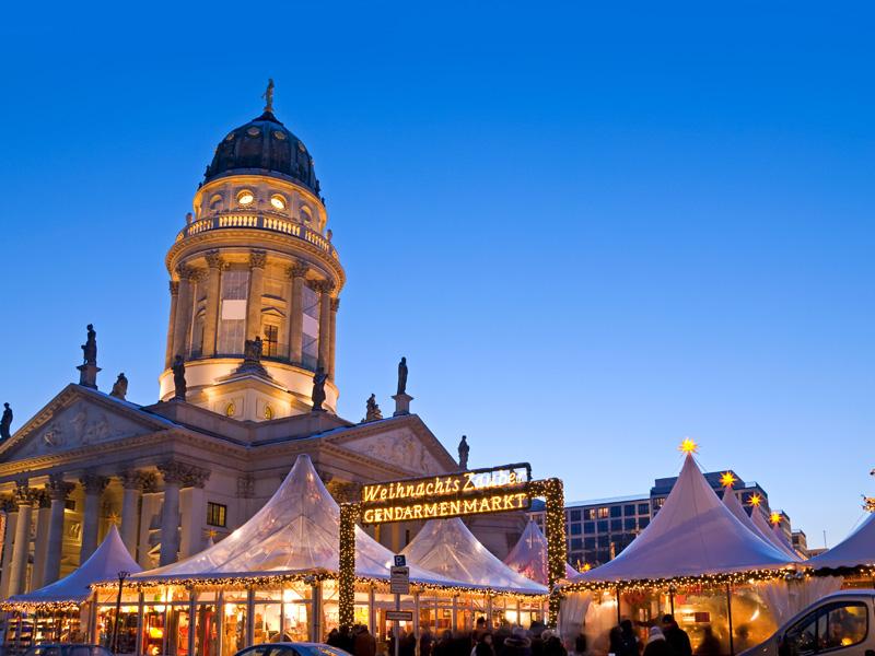 Holiday Inn Berlin Alexanderplatz Parken