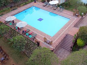 Pugmark hotel swimmingpool