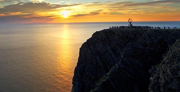 Rejse Til Nordkap Med Fly Oplev Midnatssolen Pa Denne Flyrejse