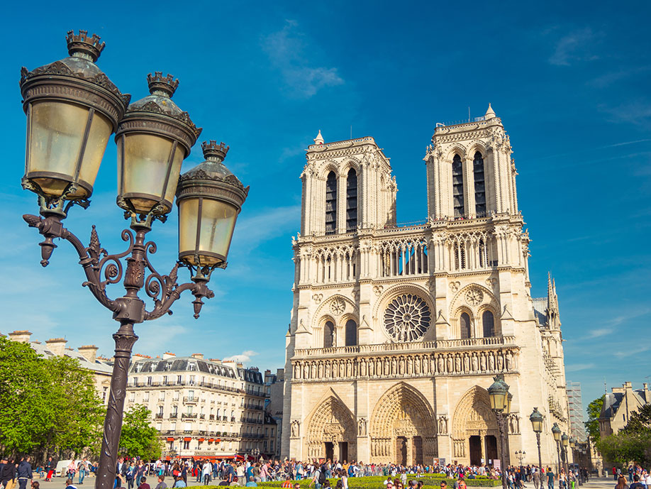 rejser paris fly