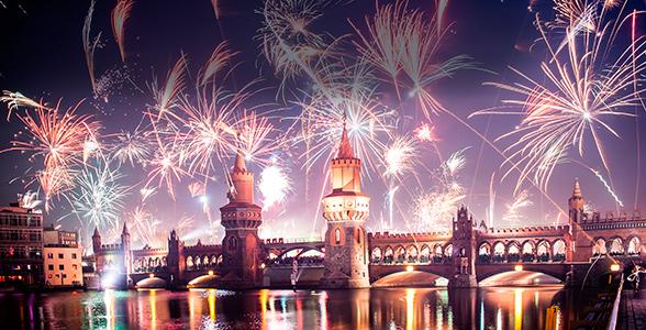 79293c98af83 Berlins flotteste nytårsshow på Hotel Estrel med et festlig nytår